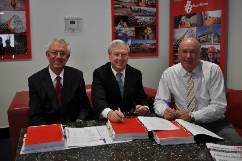 Seis3 Contract Signing With Hazell Brothers John Lord Bryan Green Geoffrey Hazell Web